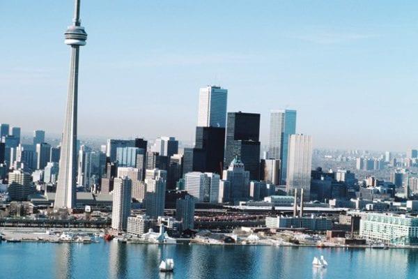 Thị trường bất động sản Canada chưa bao giờ thôi hấp dẫn