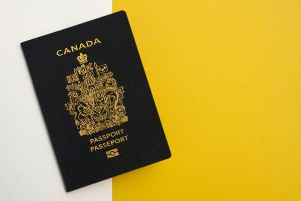 Xin visa thăm thân Canada 2020