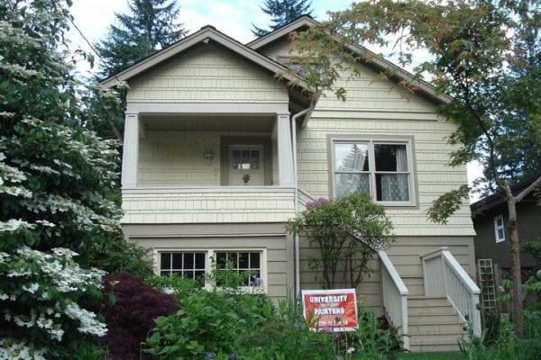 du học sinh mua nhà tại canada, du học sinh mua nhà ở canada, du học sinh có được mua nhà ở canada, du học canada mua nhà,